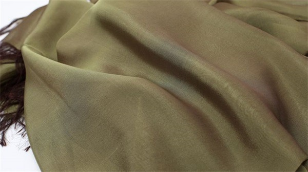 iridescent silk chiffon fabric (1)
