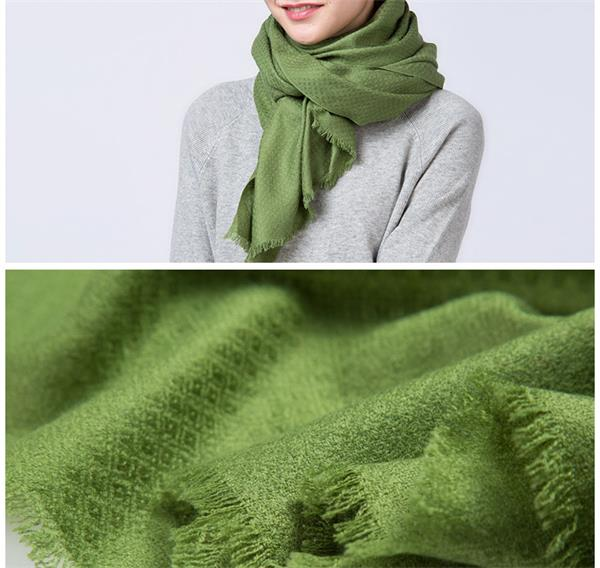 Beautiful Plain Wool Scarf of Pineapple Pattern Solid Dyed (1)