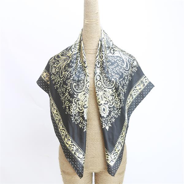 antique paisley design promotional cheap square silk scarves (1)