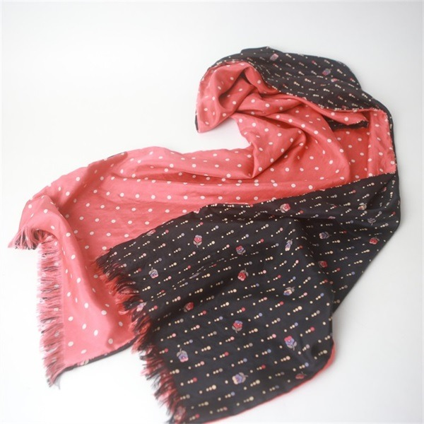 custom double sided silk scarf of silk habotai base (1)