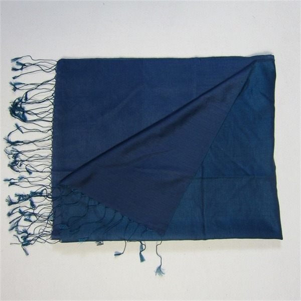 dark blue two tone water silk and cashmere pashmina (3)