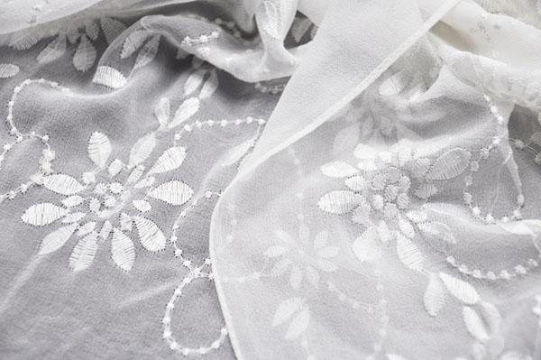 embroidered silk shawl (3)