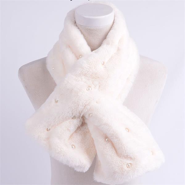 fake fur scarf (1)