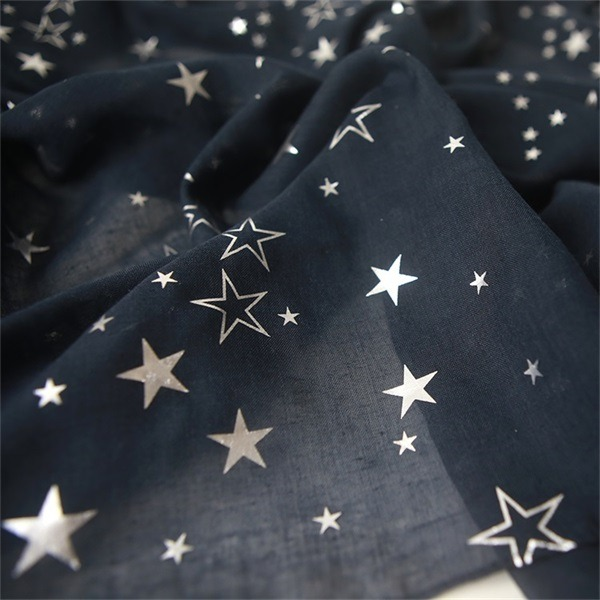 foil print scarf from scarf wholesalers (1)
