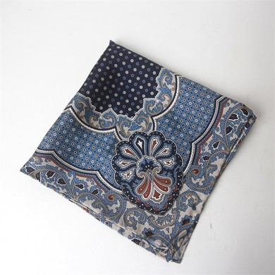 hand rolled silk twill pocket square (1)