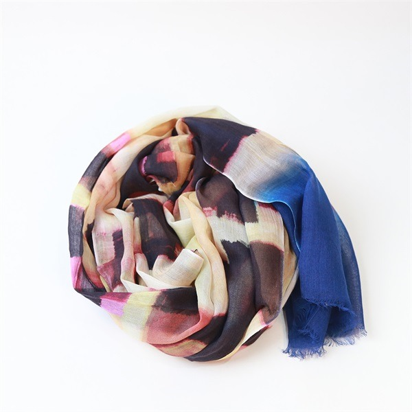 ladies fashion scarves of 100 modal soft touch (1)