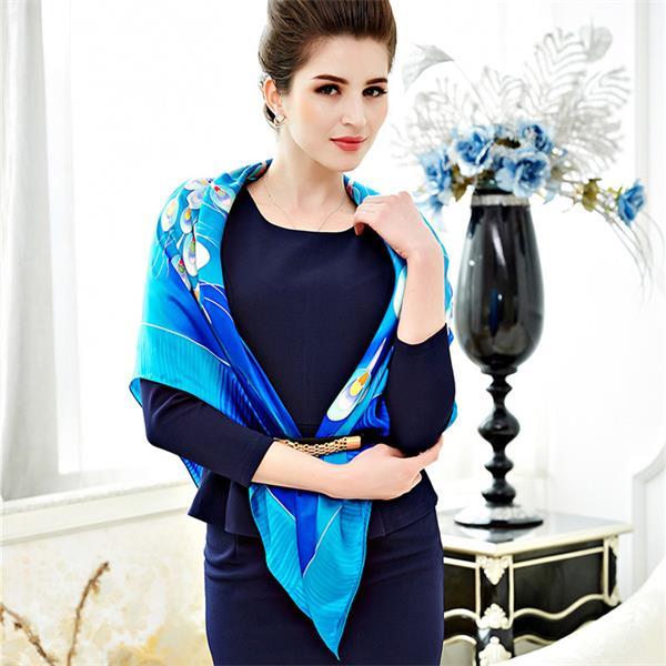 silk peacock scarf foulard de soie (2)