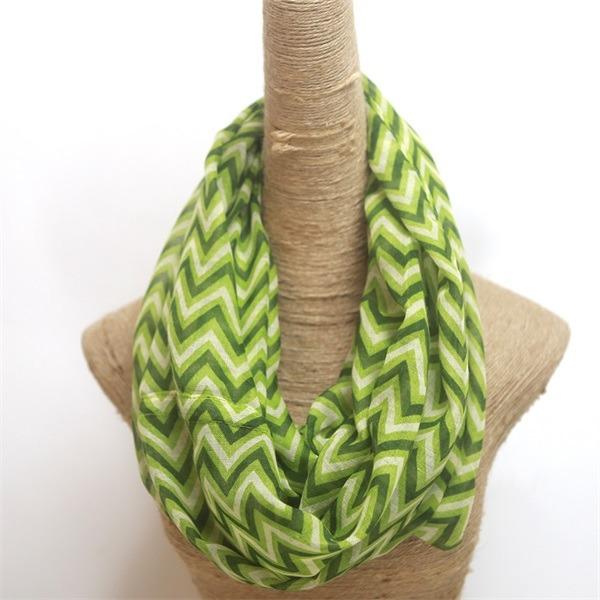 womens loop chevron infinity scarf (1)